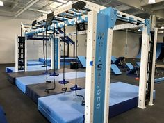 The new MoveStrong Nova XL Arch Bridge was designed at the request for more open space under a multi-height suspended bridge. Kids Gym, Exercise For Kids, Ninja Warrior Course, Aerial Yoga Hammock, Rope Training, Suspension Trainer, Battle Ropes, Pull Up Bar, Backyard Playground