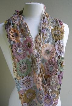 Crochet - Soleil Rose scarf  by Sophie Digard. Her usual gorgeous color combinations!