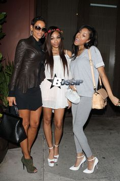 Nicole Murphy & daughters Shayne & Bria dines out - Beverly Hills 6/6