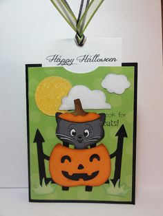 The Cricut Bug: Surprise Kitty In Pumpkin Tutorial