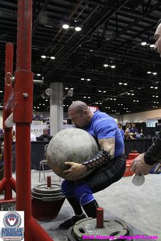 Matt Mills-ASC LW Pro card winner Europa Get Fit & Sports Expo American Strongman - Strongman Fitness (r) & Strongman Open. Orlando 2012