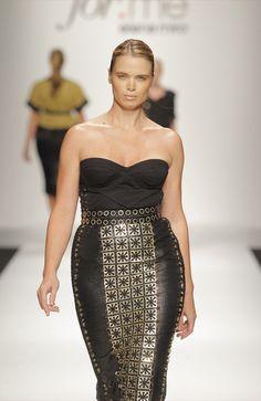 Elena Mirò :  #plus #size #fashion #chic