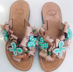 Χειροποιητες Greek Sandals, Palm Beach Sandals, Flat Sandals, Flats, Crochet Cardigan Pattern, Leather Slippers, Flip Flops, Diana, How To Wear