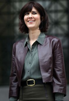 Alle Größen | Mary Elizabeth Winstead leather jacket & print button up shirt | Flickr - Fotosharing!