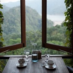 Weekends: Coffee with a view