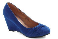 10 Vintage Inspired Blue Wedding Shoes
