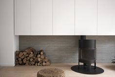 Modern and minimal woodstove design: i29 architects