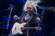 Tom Petty and The Heartbreakers along with opener Joe Walsh visited the iconic Red Rocks Ampitheatre in Morrison, CO on 5/29/17 for the first of two nights
