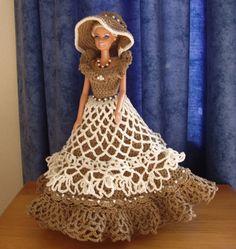 Gehaakte jurk met kraaltjes