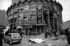 15 lutego pod Rotundą PKO na rogu Marszałkowskiej i Alei Jerozolimskich eksplodował gaz wydostający się z rozszczelnionej instalacji.