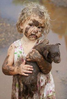grime - грязь, сажа, глубого въевшаяся, застарелая грязь. пачкать, загрязнять. dirt, flith, muck, smut, soil, stain.