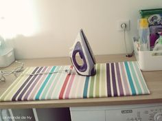 1000 ideas about diy ironing board on pinterest ironing - Petite table a repasser ...