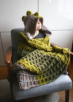 Dinosaur Blanket Crochet pattern, dino hooded blanket crochet pattern (257) INSTANT DOWNLOAD