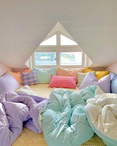 Room Design Bedroom, Room Ideas Bedroom, Bedroom Decor, Bedroom Inspo, Pastel Bedroom, Indie Room, Pretty Room, Aesthetic Room Decor, Cozy Room