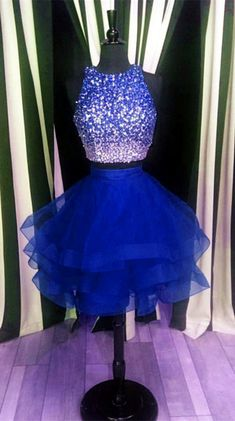navy blue homecoming dresses,two piece homecoming dress,ruffle ball gowns,short prom dresses,sequin beaded cocktail dress Source by dresses Ombre Prom Dresses, Blue Homecoming Dresses, Cute Prom Dresses, Prom Dresses 2017, Ball Gowns Prom, Tulle Prom Dress, Quinceanera Dresses, Ball Dresses, Pretty Dresses