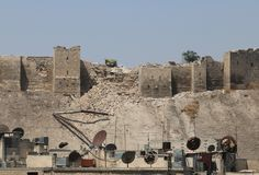 A view shows a destroyed section of the wall of Aleppo's ancient citadel as seen from a rebel-held area in Aleppo, Syria July 12, 2015. © Abdalrhman Ismail