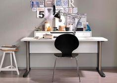 Büromöbel von Welle - Schreibtisch mit Aufsatz
