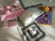 Babypakket: Ponco+ mutsje, Nijntje knuffeldoekje  Luiermapje,Babydeken,