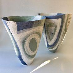 Evening light and two pots. Ceramic Pottery, Ceramic Art, Slab Roller, Hand Built Pottery, Keramik Vase, Contemporary Ceramics, Porcelain, Sculpture, Handmade