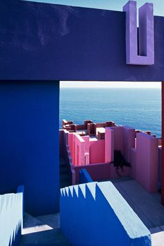 Muralla_Roja_Calpe_Spain_Ricardo_Bofill_Taller_Arquitectura_29 | par rbta2009