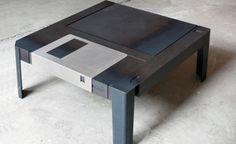 Floppy Table ?