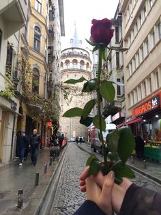 now ı don't say anything at all: Photo Istanbul City, Istanbul Travel, Cute Couple Art, Best Couple, City Aesthetic, Aesthetic Photo, Islam Marriage, Story Instagram, Dream City