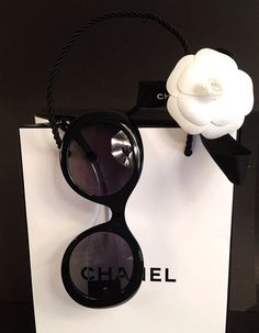 Chanel Exclusive Mid Summer Sunglasses Women Style Collection – X Pakistani Fashion Clothes Dresses Collection Sunglasses 2014, Chanel Sunglasses, Sunglasses Outlet, Wayfarer Sunglasses, Gabrielle Bonheur Chanel, Glamour, Coco Chanel, Chanel Bags, Chanel Handbags