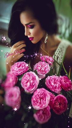 The World in Black and White Girls With Flowers, Love Flowers, Beautiful Gif, Beautiful Roses, Splash Images, Splash Photography, Lany, Color Splash, Style Hairstyle