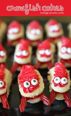 Cute & Easy Crawfish Cakes ~ Fun Food Idea for a Crawfish Boil... also cute for any type of Beach or Under the Sea Themed party. So cute,  Made using Ladyfingers & Twizzlers