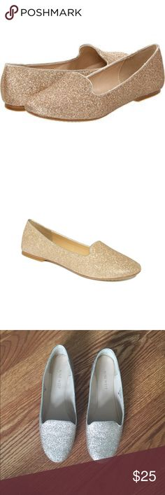 NINE WEST GOLD GLITTER FLATS SIZE 6 Nine West gold glitter flats size 6. Previously worn in good condition Nine West Shoes Flats & Loafers