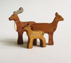 Deer family Set- Wooden reindeer toy figures- Natural waldorf