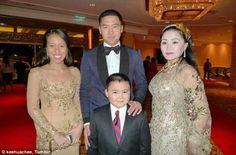 Kad Jemputan Kenduri Kahwin Anak Dato Sri Najib Diedar #NajibRazak #NooryanaNajwa #DaniyarKessikbayev http://www.kenapalah.com/kad-jemputan-kenduri-kahwin-anak-dato-sri-najib-diedar/