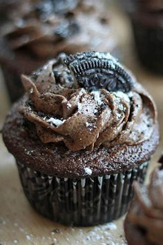 Triple Chocolate Oreo Buttercream Cupcakes