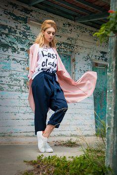Addloft Fashion | Spring Summer Lookbook 2015 - Addloft Fashion Summer Lookbook, Spring Summer 2015, Spring Summer Fashion, Harem Pants, Harem Trousers, Harlem Pants