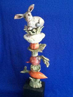 Ceramic garden totem, made by Tracy Murphy
