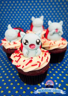 Super cute Catbug cupcakes!  Must make these for Lauren.