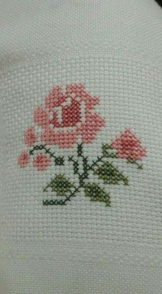 This Pin was discovered by Bah Wool Embroidery, Cross Stitch Embroidery, Embroidery Designs, Cross Stitch Rose, Cross Stitch Flowers, Cross Stitch Designs, Cross Stitch Patterns, Button Hole Stitch, Crochet Motif