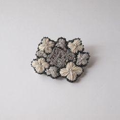 刺繍 ブローチ 【hydrangea】WHの画像