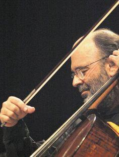 ''O músico se inspira na natureza e a nossa natureza é uma das mais generosas, por isso o Brasil é lindo e sua música também'' - Jaques Morelenbaum
