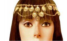 TESTEIRA CIGANA COM MOEDAS <br> Tiara testeira dourada com medalhas <br>douradas em alumínio. <br>Presentei com esta linda joia sua cigana