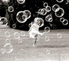Baby-baby-girl-black-black-and-white-bubble-favim.com-121225_large