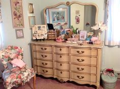 Simple French Provincial Bedroom Set Set