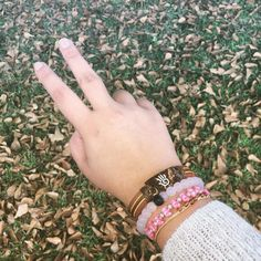 A trendy do-gooder PC @ashleighnicole_12 #wearthemovement #change #yudaband #yudabands #giveback #charity #service #bracelet #serviceproject #braceletproject #fairtrade #authentic #guatemala #art #zimbabwe #education #highschool #scholarship #poverty #extremepoverty #impact #humanitarian #world #together #socialgood #cause #volunteer #dogood #changemakers #hunger #aid #coconut #solutions