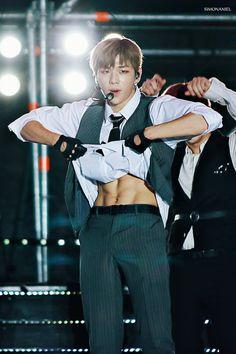 Daniel K, Youre Mine, Shownu, 3 In One, When You Smile, Male Body, Hot Boys, Boyfriend Material, K Idols