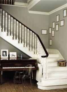 Modern klasieke trap en piano / modern classic stairs