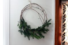 Wreath. Simple. Minimal. Rustic. Gorgeous. #diy #handmadechristmas