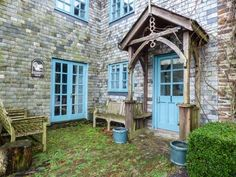 Squirrels Dray - Superb barn conversion located only a half a mile from Gorran Haven, near Mevagissey. Off-road parking. Holiday Cottages To Rent, Squirrels, Cornwall, Trip Advisor, Shed, Outdoor Structures, Cabin, House Styles, Places