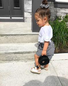for the perfect handbag 💕 _______________________________________ outfits promo code Cute Little Girls Outfits, Kids Outfits Girls, Toddler Outfits, Cute Kids Fashion, Baby Girl Fashion, Toddler Fashion, Cute Black Babies, Baby Fashionista, Foto Baby