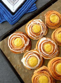 LINDASTUHAUG - det skal vere en opptur med sunn mat! Recipe Boards, Smoothies, Caramel, Protein, Goodies, Strawberry, Food And Drink, Low Carb, Peach