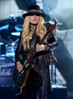 ORIANTHI wish I was cool and talented like her